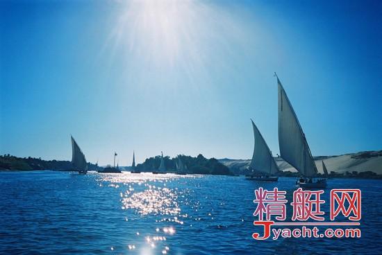帆船/帆船的起源可以追溯到石器时代。